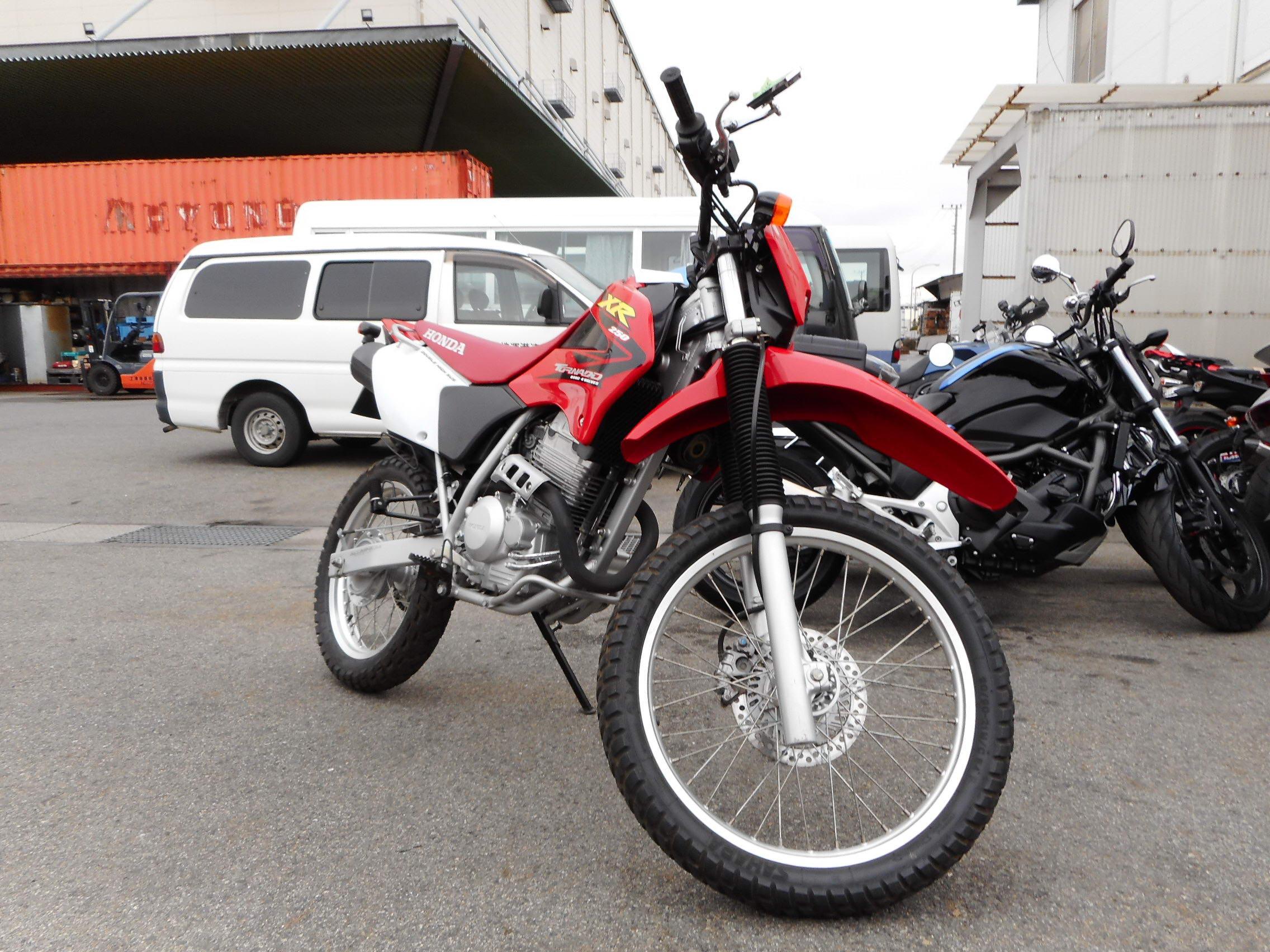 продажа Honda Xr250 Tornado хонда мотоцикл автобэст мото